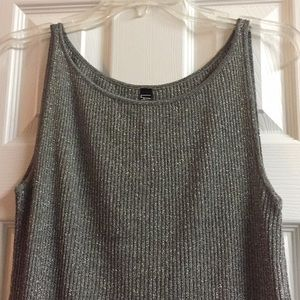 Laundry By Shelli Segal Tops - ⭐️ LAUNDRY By Shelli Segal ⭐️